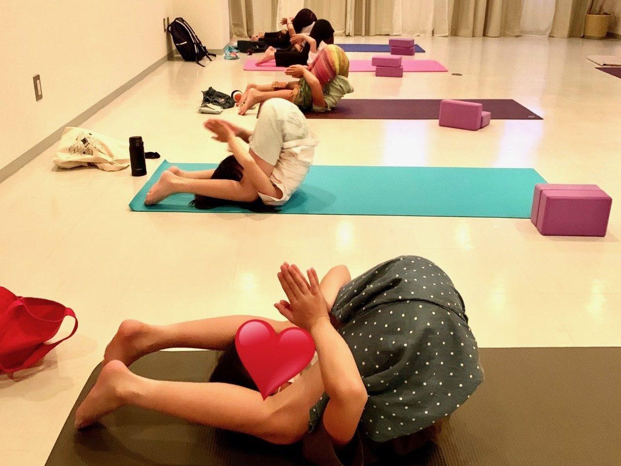 PY_kids_yoga